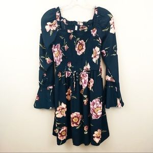 Xhilaration Medium Dress Fall Floral Long Sleeved